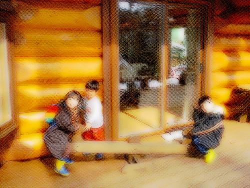ビッグフットの展示場で楽しむ子どもたち